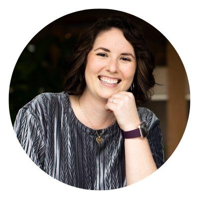 Melanie Scroggins Profile with white background